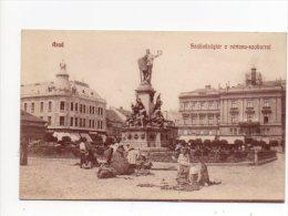 Arad Szabadság Tér A Vértanú Szoborral. Piac  Markt - Romania