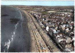 Carte Postale 59. Malo Les Bains  Prés De Dunkerque Vue D´avion Trés Beau Plan - Malo Les Bains