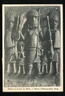 Paris Musée D'Ethnographie Plaque En Bronze Du Benin Beaux Arts 1935 - Musées