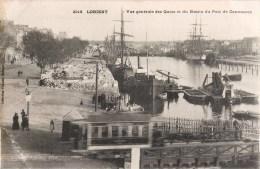 LOT DE 4 CPA DE LORIENT : PASSAGE TRAMWAY AU QUAI ET BASSIN DU PORT DE COMMERCE COURS LA BOVE REVUE DEFILE DU BATAILLON - Lorient