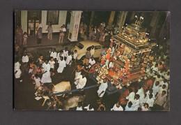 SINGAPORE - SINGAPOUR - THAIPUSAM FESTIVAL - CHARIOT DRAWN BY BULLOCK CARTS - Singapour