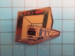 (pin613a) Pin´s Pins / Thème : TRANSPORTS / METRO RAME USI RATP ARCHE DE LA DEFENSE  / Marquage Au Dos : CEDJORIE  Le Ca - Transports