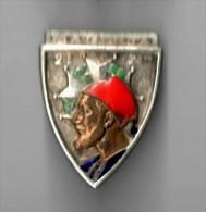 INSIGNE  2 Régiment De Zouaves MAGENTA - DRAGO PARIS NICE H 130 Déposé - Army