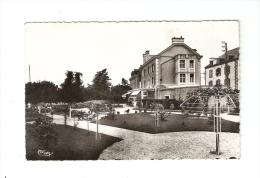 CSM : 29 - Finistère - Le Poldu : Hôtel Des Grands Sables : Bâtiments De L'Hôtel + Parc - Peu Commune - Le Pouldu