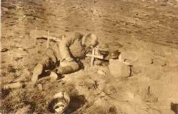 BOSNIE - SARAJEVO - U Borbi Za Oslibodjenje - Guerre 1914/18 -  Soldat Sur Tombe   (57360) - Bosnie-Herzegovine