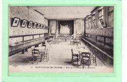 MARCQ-en-BAROEUL (59) / ECOLES / INSTITUTIONS / RELIGIONS / Salle De Récréation De La 2e Division - Marcq En Baroeul