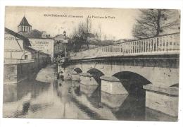 Montmoreau-Saint-Cybard (16) : La Maison Samson Agence De Chemin De Fer à La Sortie Du Pont à Montmoreau En 1916. - Sonstige Gemeinden