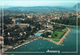 ANNECY (Haute-Savoie) - Le Lac Et La Ville - Vue Aérienne Avec La Piscine Et Le Port - 2 Scans - Annecy