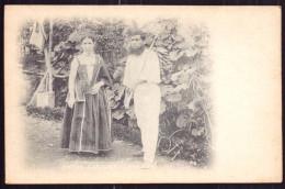 MADEIRA / PORTUGAL.Postal 1900 Costumes Nativos. Old Postcard Native Costume - Madeira
