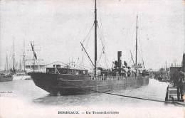 [33] Gironde - BORDEAUX  Un Transatlantique  (paquebot)(Editions: Staerck Paris)*PRIX FIXE - Bordeaux