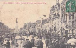 REIMS Place Drouet D'Erlon Un Jour De Fête - Reims