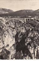 France Les Gorges du Verdon Le Canon et le Pont de l'Artuby
