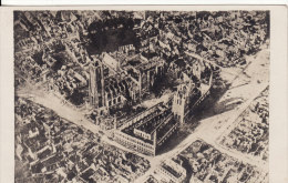 Carte Postale Photo Militaire Allemand YPERN-YPRES-IEPER (Belgique) Vue Sur Ville En Ruine -VO IR 2 SCANS - - Ieper