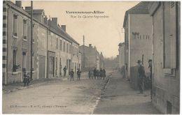 VARENNES-SUR-ALLIER (Environs De Vichy) - Rue Du Quatre Septembre - Animée - Autres Communes