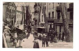 CERET/66/Boulevard St Roch Arrivée Des Autos Transports Internationaux/Réf:4385 - Ceret