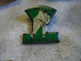Pin´s Du Judo Club De AUBRY Du HAINAUT - Judo