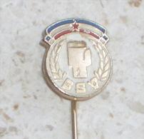 VOIVODINA BOXING FEDERATION - Yugoslavian Pin * Badge Boxing Boxe Boxeo Boxen Pugilato Boksen Anstecknadel Distintivo - Boxing
