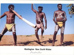 (325) Australia - Aborigines Mens - Aborigènes
