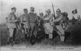 17e Division, 13 Novembre 1918, Le Général Fayolle écoute La Lecture Des Citations De L´armée Des Soldats De La Division - Autres Communes