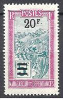 MADAGASCAR  N� 155 NEUF* TTB