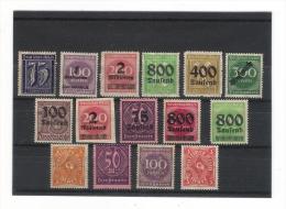 ALLEMAGNE  =  15  Timbres Neufs  ( Tous Avec Charnière, Certains Avec Belles Surcharges ) - Allemagne