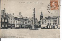 BAVAY - Grand'Place Et Colonne Brunehaut - Bavay