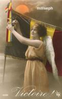 Fin De La Guerre 1914 / 1918 -  VICTOIRE - Femme Ange ( Vue De Profil , Robe Orange Claire) Avec Drapeau Belge   (3341) - Guerre 1914-18
