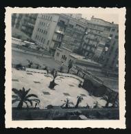 Photo Originale (Mars 1956) : BARCELONE, BARCELONA, Les Jardins De L'Hôtel Majestic Prise D'un Balcon (Espagne, Espana) - Places