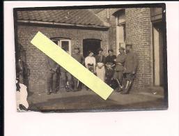 Le Petit Quesnoy Nord Quartier Allemend IR65 Famille Potdevin  Photo Allemande 1914-1918 14-18 Ww1 WWI 1wk - Guerre, Militaire