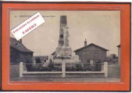 Carte Postale 62. Meurchin  Le Monument Aux Morts Et Les Baraquements Trés Beau Plan - France
