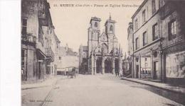 France Semur Place et Eglise Notre Dame