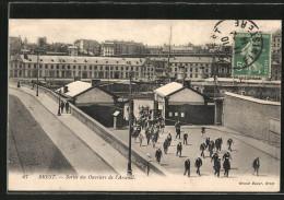 CPA Brest, La Sortie Des Ouvriers De L'arsenal - Brest