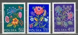 Neuf ** 2151-2153 Broderie De La Région De Cracovie Lowicz Silésie Fleur Fleurs Socphilex - 1944-.... République