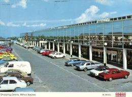 (020) UK - Milton Keynes Shopping Centre - Winkels
