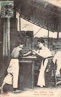 Annam - Vinh - Femme Fumant La Pipe - Viêt-Nam