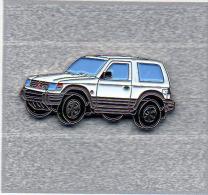 Pin´s  Automobile  Mitsubishi  Blanche - Mitsubishi