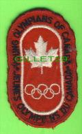 ÉCUSSON EN TISSU - JEUNES OLYMPIENS DU CANADA - OLYMPIANS OF CANADA - - Patches