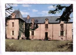 56 - Béganne          Château De La Saulaie - France