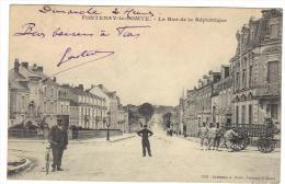 Fontenay-le-Comte Fontenay Le Comte La Rue De La République Cpa 85 Vendée Animée Restaurant - Fontenay Le Comte