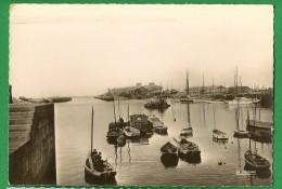 Cpsm   Du  50     CHERBOURG    -   Le Port    ......LNJP3 - Cherbourg