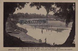 DAHOMEY - Mission Africaines De Lyon - Les ébats Sur Les Rives Du Mono. Tout Petit Dahoméen Nage Comme Une Anguille. - Dahomey