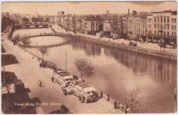 View Along Dublin Quayes : 2 OLDTIMER AUTOBUSES, VINTAGE OLDTIMER VAN & TRUCK  - Streetscene -  Ireland/Eire - Voitures De Tourisme