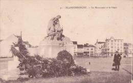 "BLANKENBERGHE  écrite En 1923 ""Le Monument Et La Place"" Edit Henri Georges HG Nr41  Animée""   Voir Scans - Blankenberge"