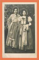 Carte PHOTO !! // Femme En Costume ( Colette En 1930 ) // CPA (plis Coin Bas Gauche) - Femmes