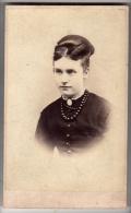 CDV - Lady - Photographs