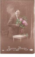 Carte Postale Ancienne Fantaisie - Homme - Fleurs - Bonne Année - Hombres