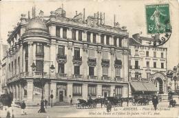 ANGERS  - 49 - La Place Du Ralliement - Hotel Des Postes Et Hotel Saint Julien - ATTELAGE - 020713 - Angers