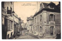Carte Postale Ancienne De Lisieux Vieilles Maisons Rue D´Ouville Le Café   Cpa Animée 14 Calvados Normandie - Lisieux