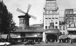 Paris - Le Mulin Rouge - Cafés, Hoteles, Restaurantes