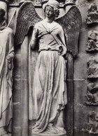 """Cathédrale De Reims - L'Ange Gardien De Saint-Nicaise Nommé """"Sourire De Reims""""- Porche Nord Du Grand Portail - Reims"""